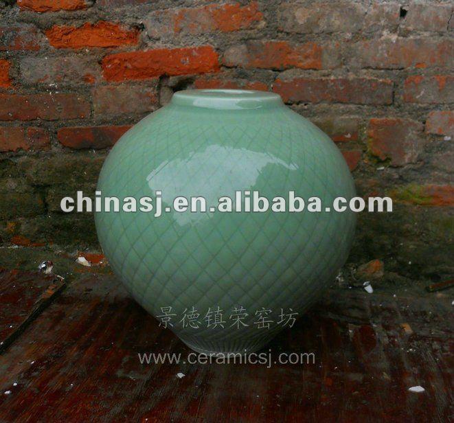 beautiful hand made green ceramic Vase WRYMA90