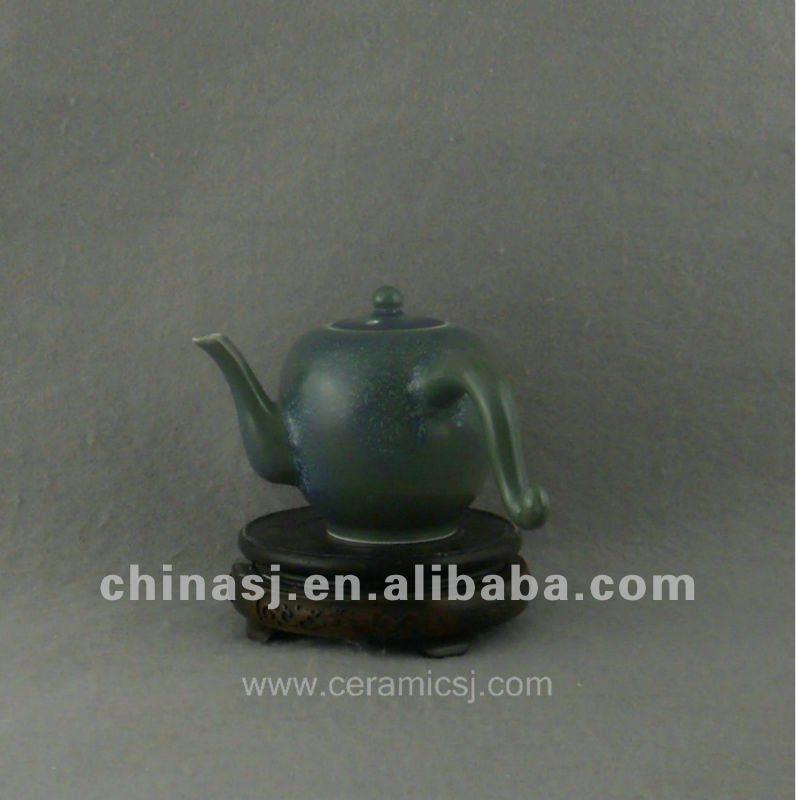 Ceramic green glaze Tea Pot with strange Handle WRYQN28