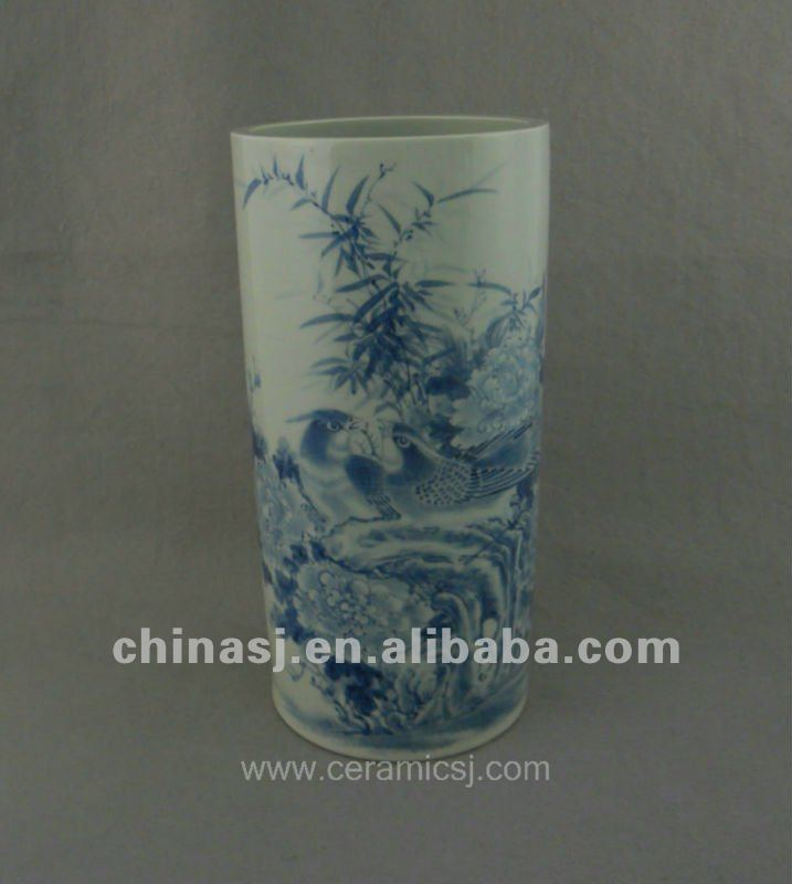 beautiful handmade blue and whitceramic vase with flowers design WRYUC02