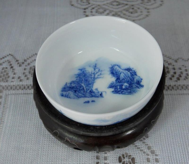Antique hand painted ceramic glaze small tea cup RYGT12