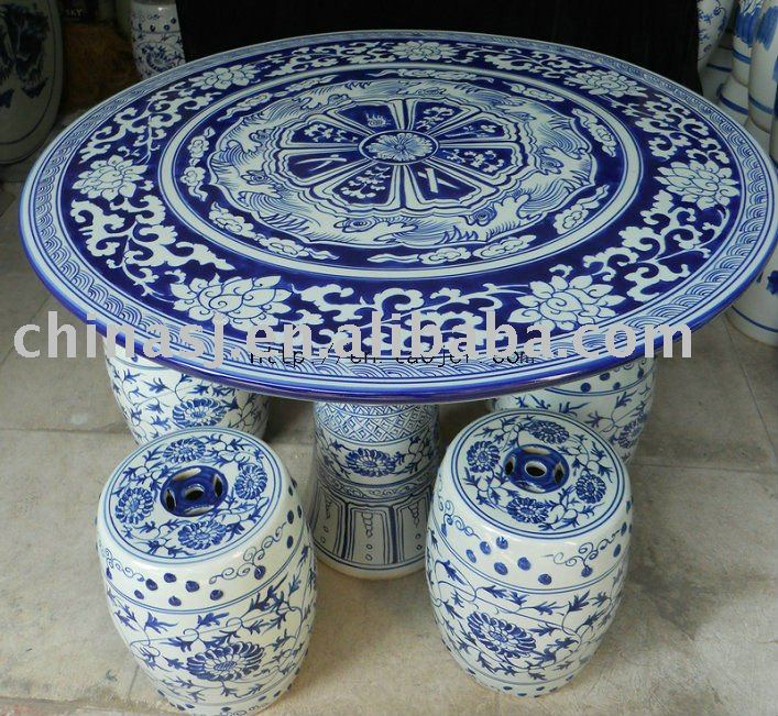 blue and white porcelain garden table and stool WRYAY25